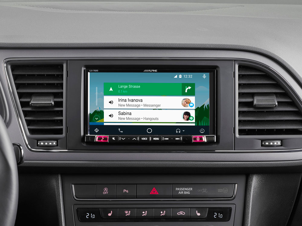 "7"" Mobile Media System for SEAT Leon featuring Apple CarPlay"