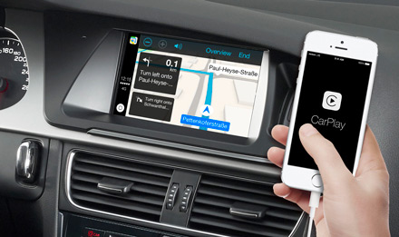 Online Navigation with Apple CarPlay - X702D-A4